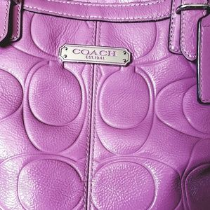 F1273-F18462 Coach Textured Pink Leather Purse